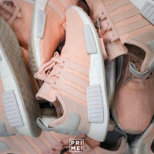 Review NMD R1 Boost Pink / White