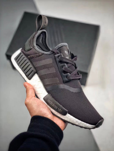 NMD R1  Trace Grey / Metalic