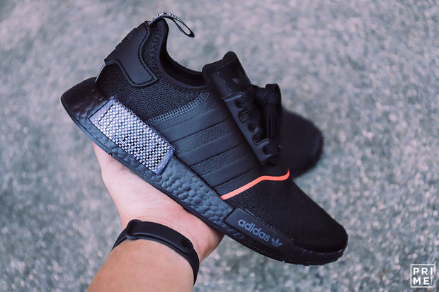 Adidas NMD R1 Core Black / Core Black / Solar Red (EE5085)