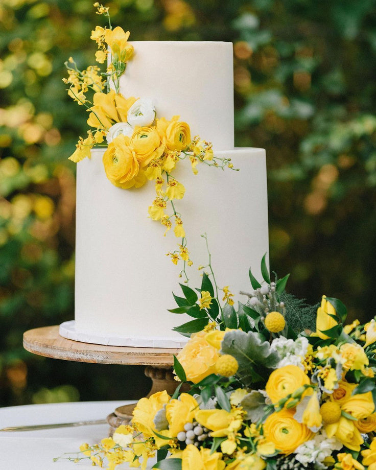 Pantone Colour of the Year 2021 wedding cake ideas