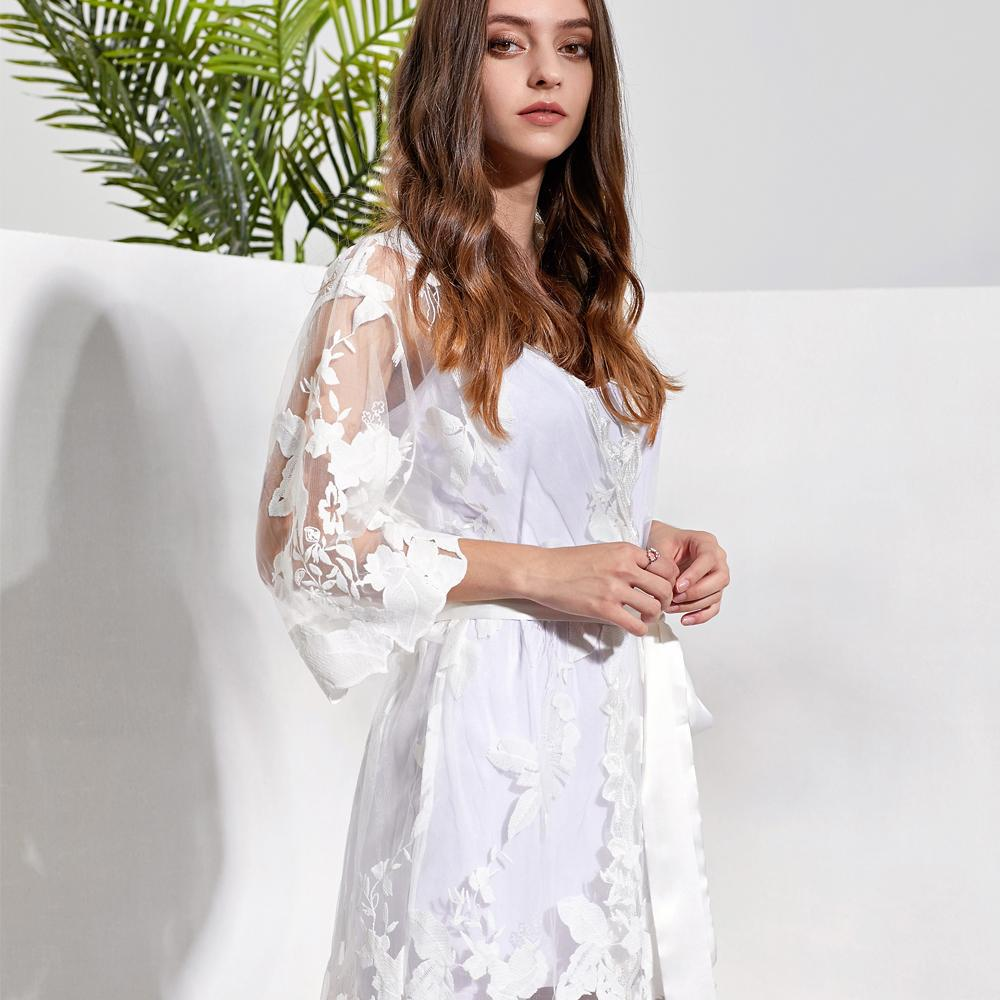 Willow White Lace Bridal Robe