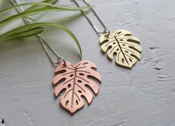 Monstera Deliciosa - tropical leaf pendant