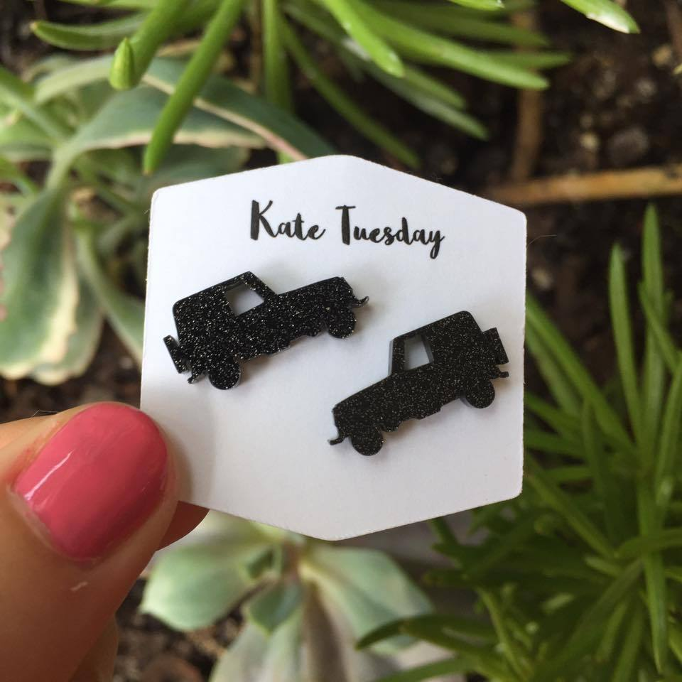 Black Sparkly Jeep Stud Acrylic Earrings
