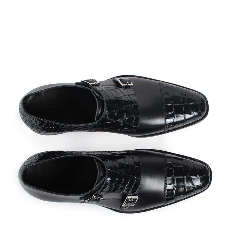 Portfolio Spine Buckle Shoe | KASA