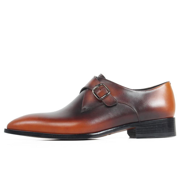 "SHARP ""V"" BUCKLE SHOE 