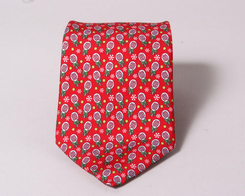 $75 Vineyard Vines Christmas Paddle Tie