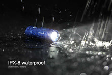 Load image into Gallery viewer, Fenix UC02 water proof flashlight