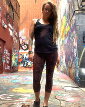 Load image into Gallery viewer, Infinity Merkaba Capri Leggings