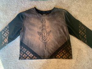 Dagger Rose Long Sleeve Crop top