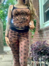 Load image into Gallery viewer, Flower of Life leggings