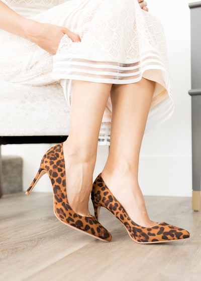 Leopard pattern pumps