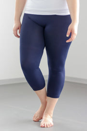 Capri Plus Leggings