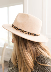 Riley Beige With Leopard Band Hat