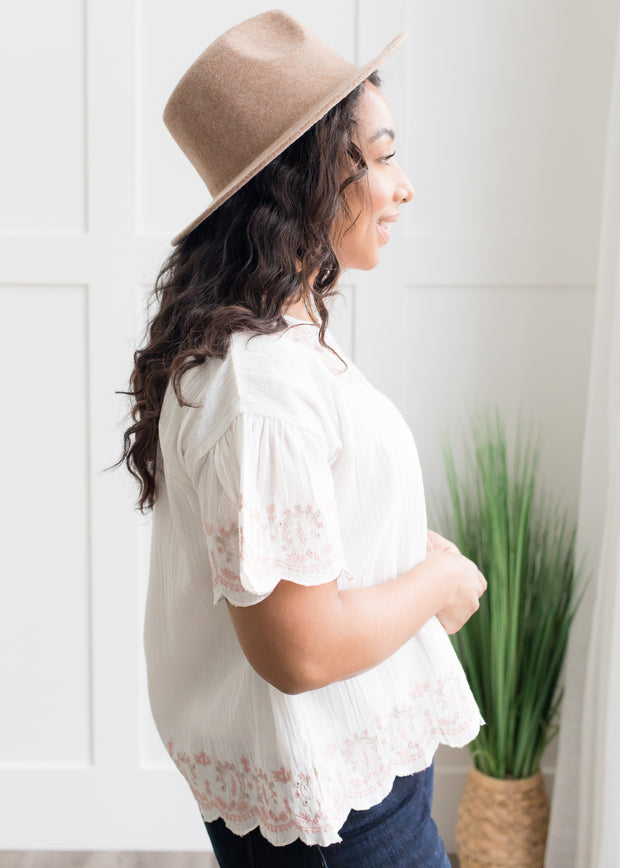 Santa Fe White Embroidered Top