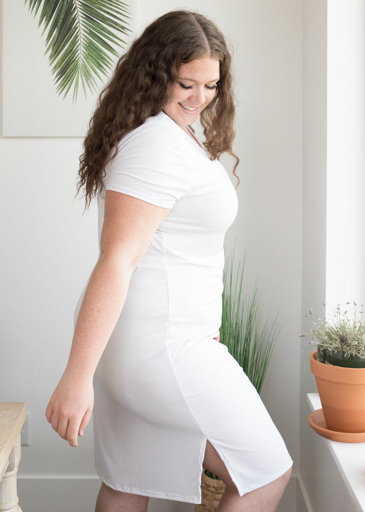 The Slipette Midi Cap Sleeve in Curvy