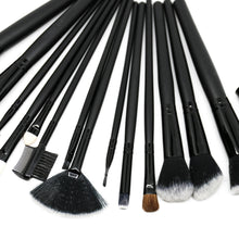 Load image into Gallery viewer, Uhloor Essential 15pc Makeup Brush Set