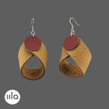 iila one.zero nahkakorvakorut Madonna, kierrätysnahkaa. Ekologiset korut on käsintehty leikkuuylijäämänahkasta Suomessa. Sustainble iila one.zero leather earrings Madonna, handmade of leather waste. Finnish design by @iilajewellery