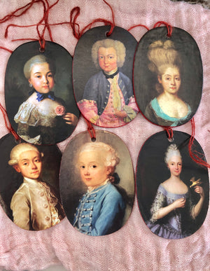 French Christmas Decorations -  Portraits