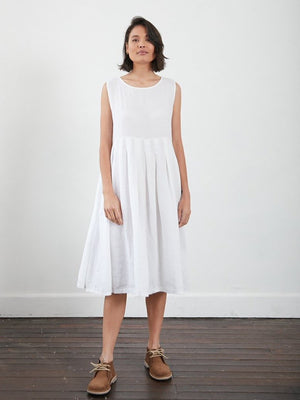 European Box Pleated Linen Dress (White)