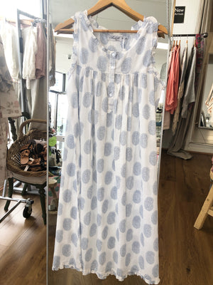 Paisley blue and white cotton nightie