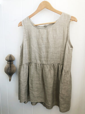 Eva Linen Singlet Top with buttons (Various)