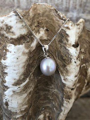 Freshwater Pearl Necklace - Grey (10mm)
