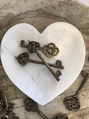 White Marble Heart Dish