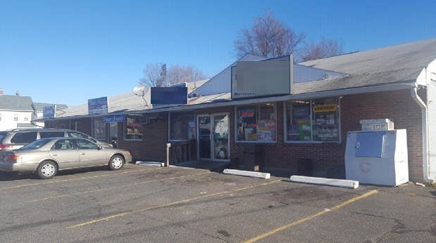 10762 Pizza place for sale in Chicopee, MA