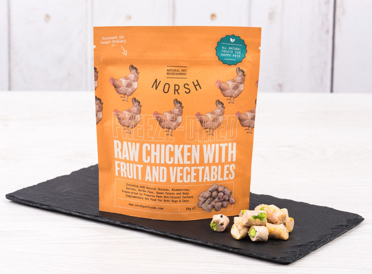 Freeze-dried Raw Chicken with Fruit and Vegetables
