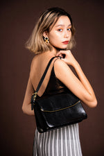 Komagome Market Black Patent Finish Leather Shoulder Bag