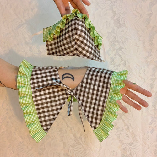 Gingham ruffle collar set