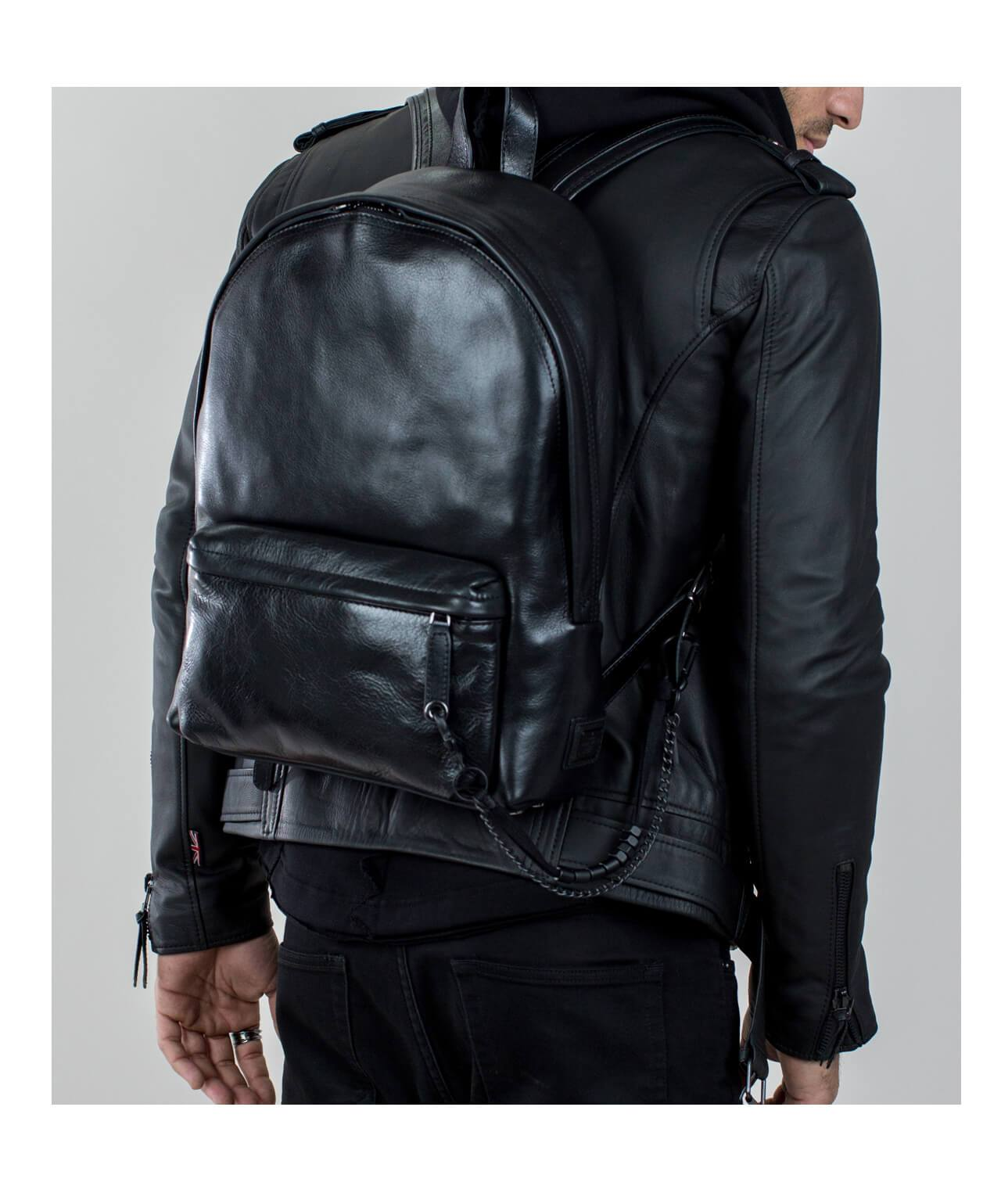 Falcon XL Backpack