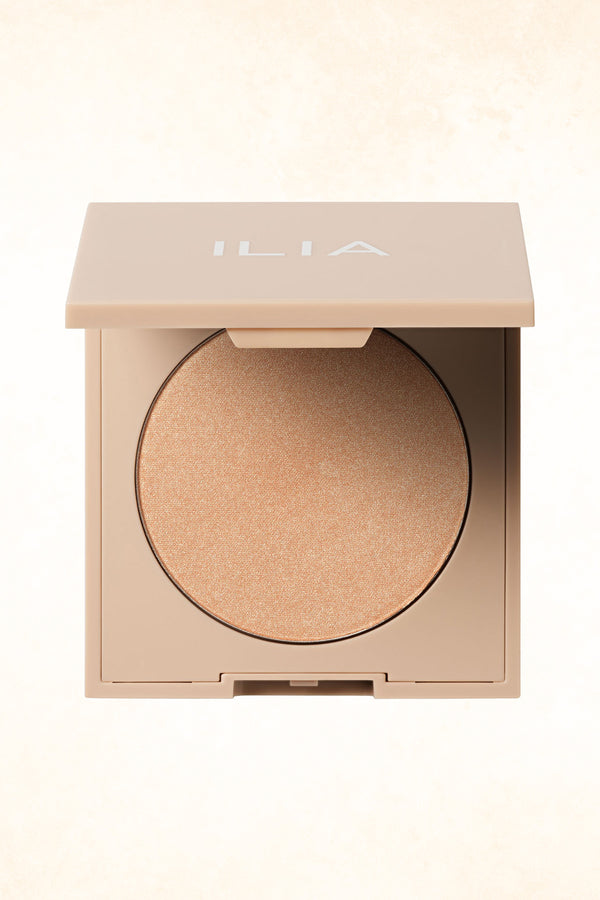 ILIA – Decades – Daylite Highlighting Powder