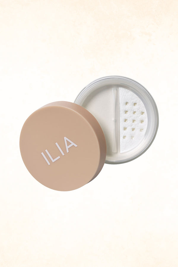 ILIA – Fade Into You – Soft Focus Finishing Powder - Jar