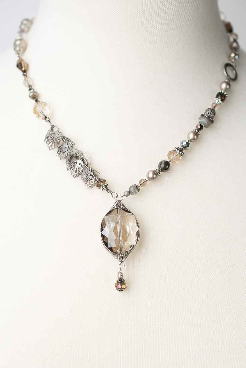 "Windsor Castle 18.5-20.5"" Herringbone Focal Necklace"