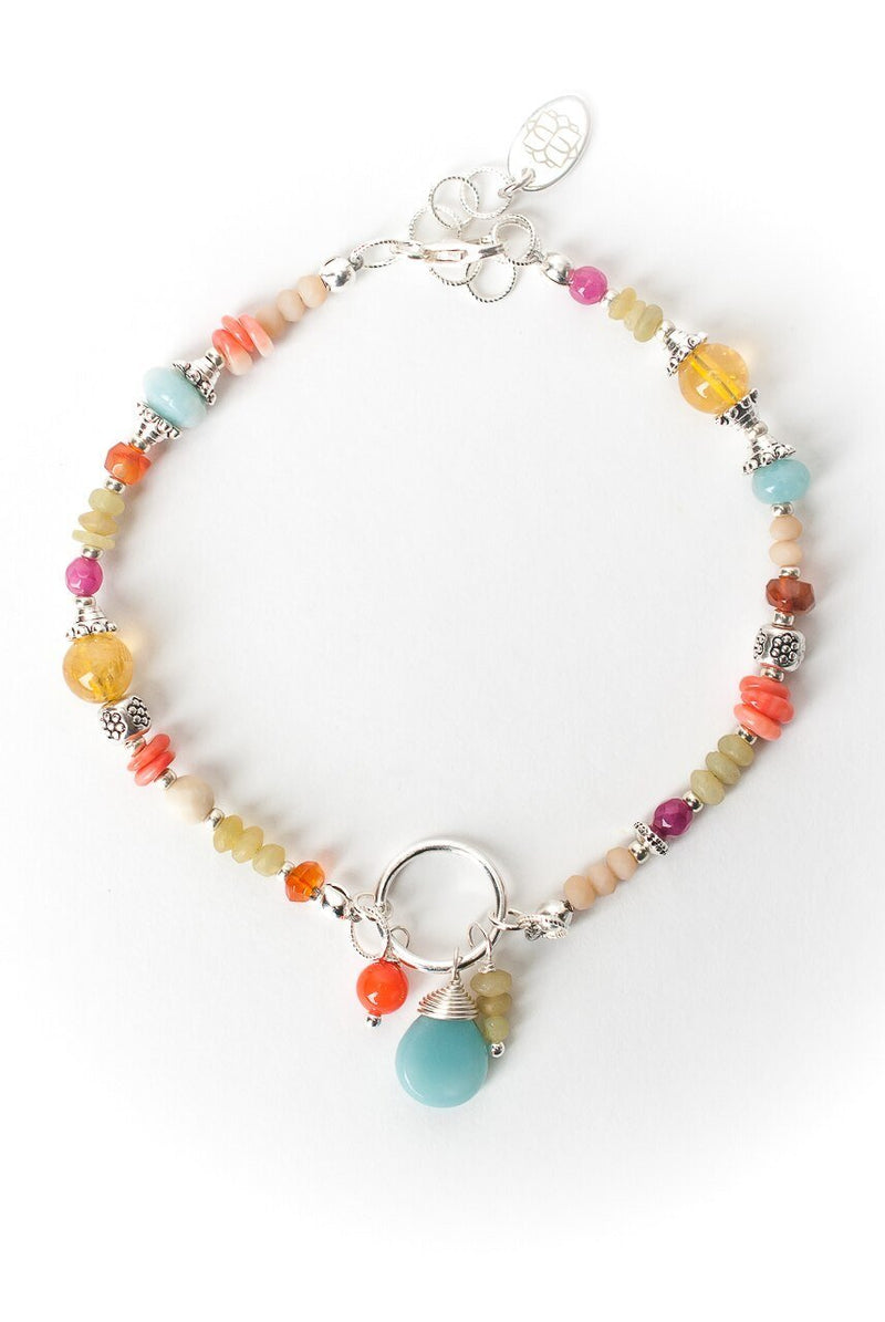 "Free Spirit 7.5-8.5"" Simple Collage Cluster Focal Bracelet"