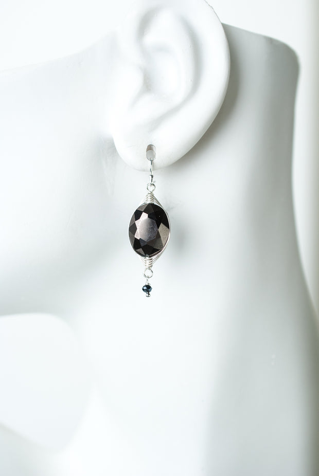 Herringbone Black Crystal Oval Earrings 1