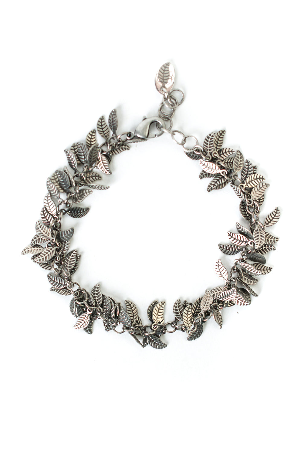 "Refresh 7-8"" Antique Silver Leaf Bracelet"