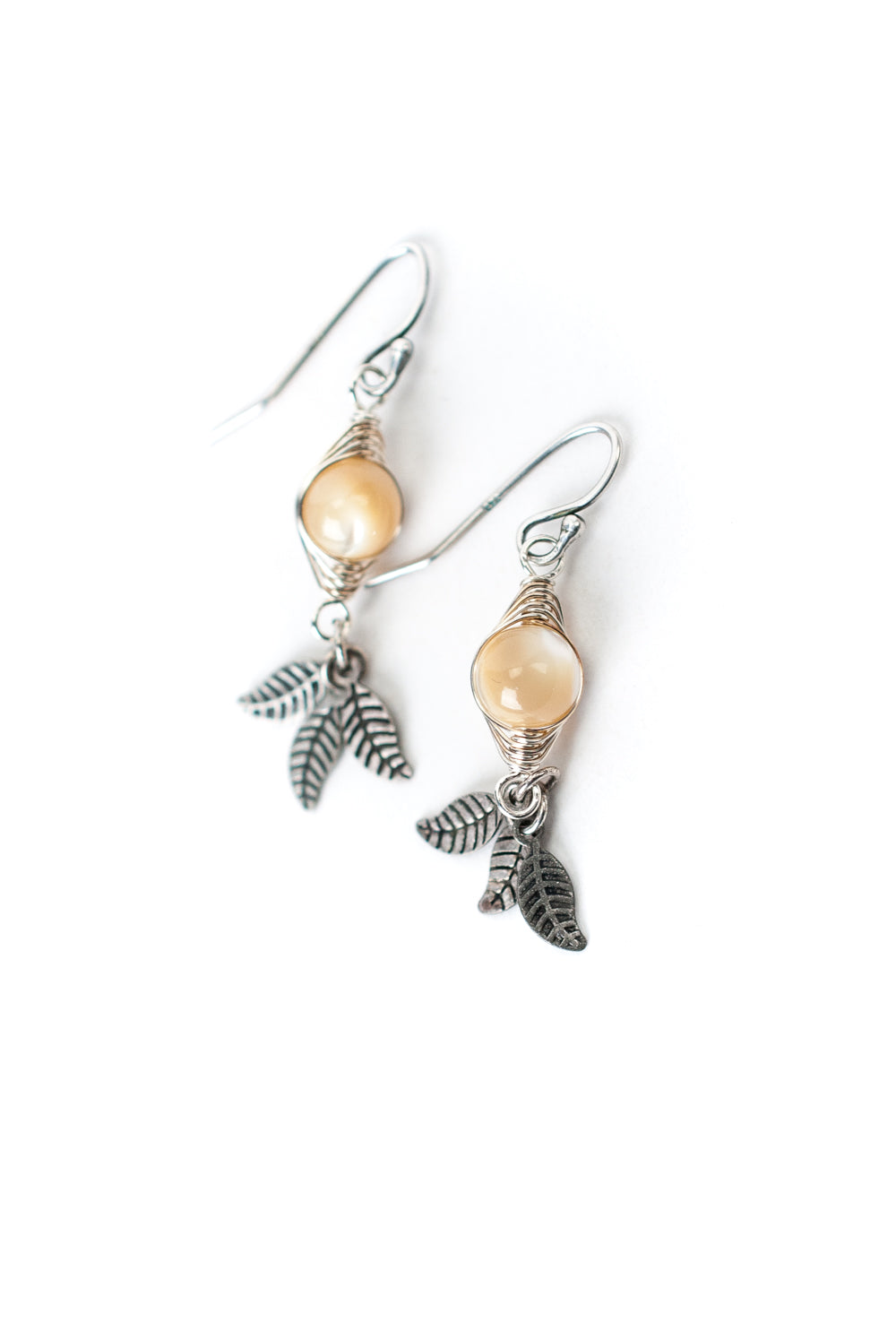 Refresh Pearl Herringbone Earrings