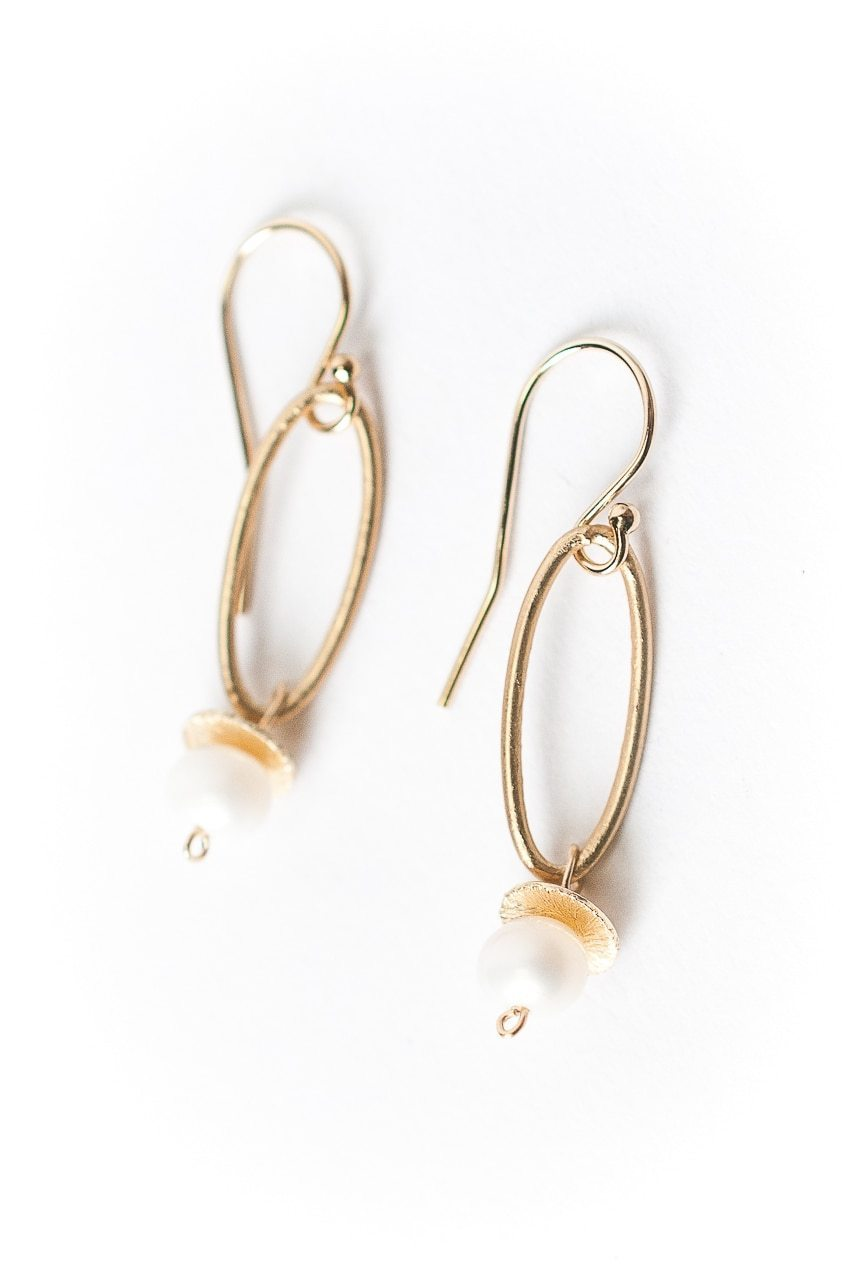Simplicity Pearl Dangle Earrings
