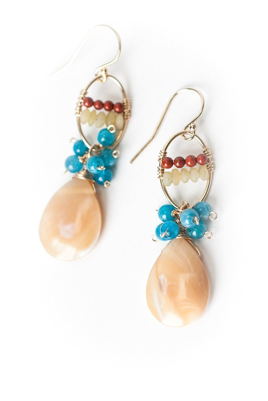 La Tierra Shell Briolette Cluster Dangle Earrings