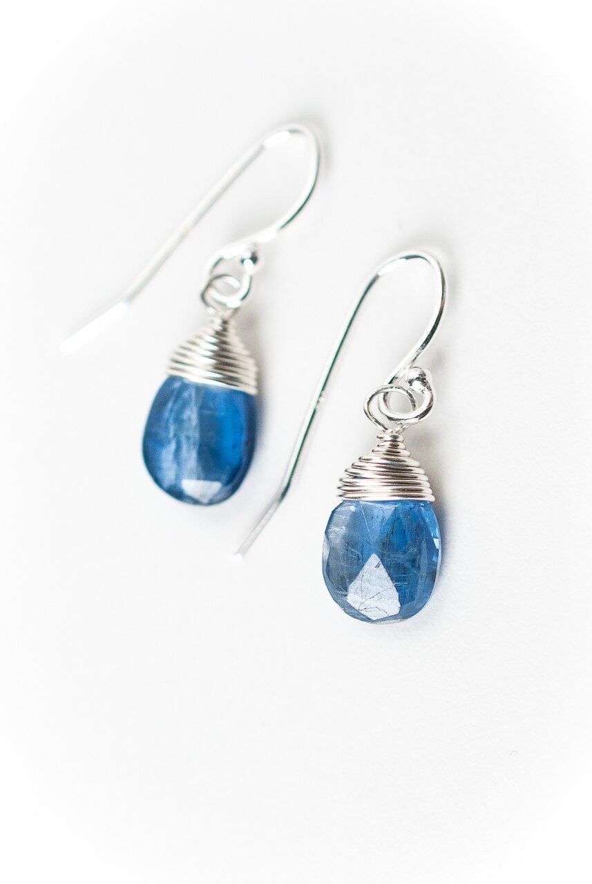 Truth Simple Silver Kyanite Briolette Earrings