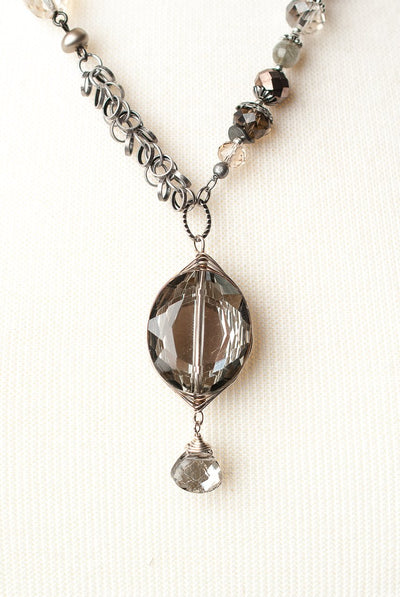 "Windsor Castle 21.5-23.5"" Collage Crystal Pendant Necklace"