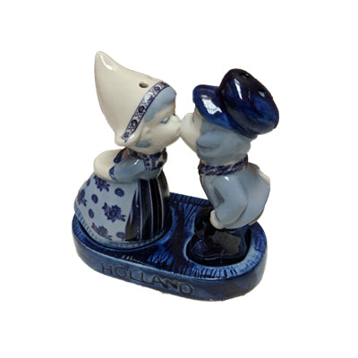 S&P Shakers - Delft Blue Kissing Couple