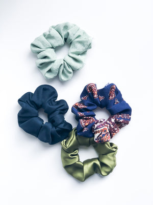 Country Paisley Scrunchie