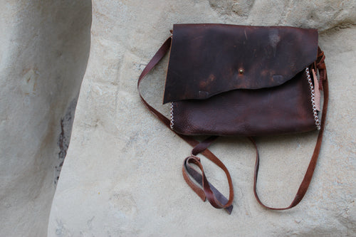 Antiga Desert Satchel-Dark Brown/Red