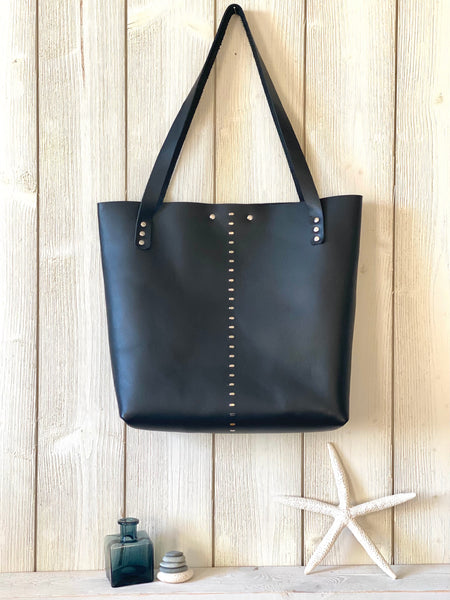 Luna Tote in Black ~ Medium