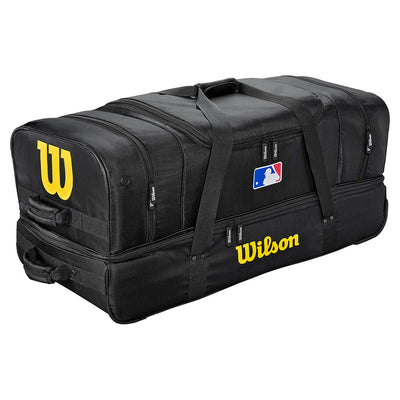 wilson-umpire-bag-with-wheels-wta9780