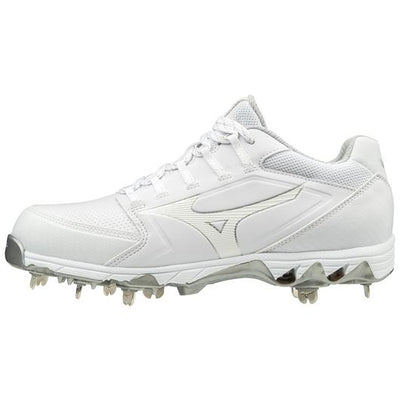 Mizuno Swift 6 Metal Softball Cleats
