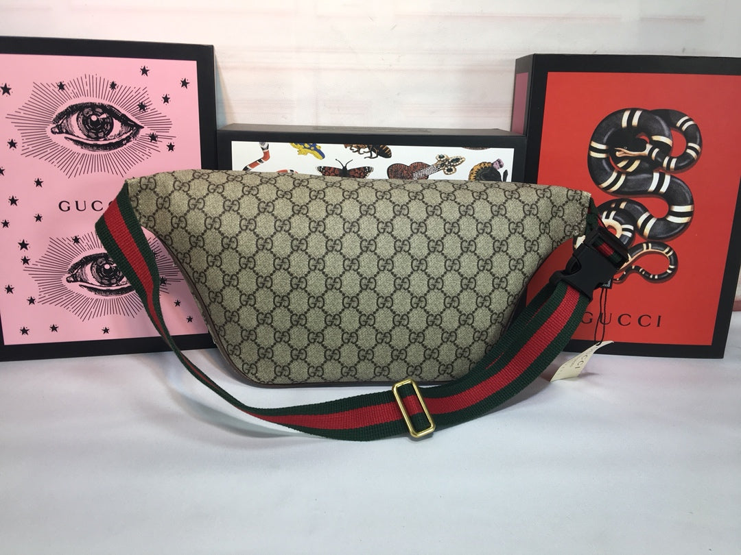 118ef35ae44d ... Load image into Gallery viewer, Gucci courrier GG Supreme Belt Bag -  LUXURYDESIGNERS